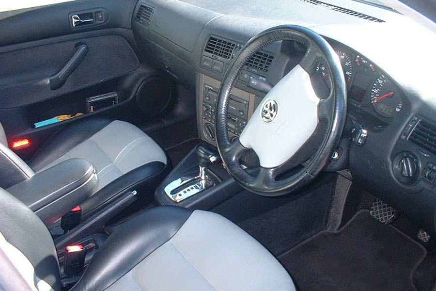 Modern-Car-Interior-Upholstery